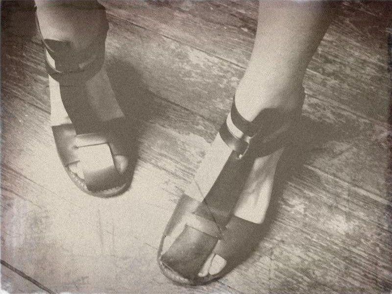 du rose, la voirie, mes pieds et une histoire de laitier…