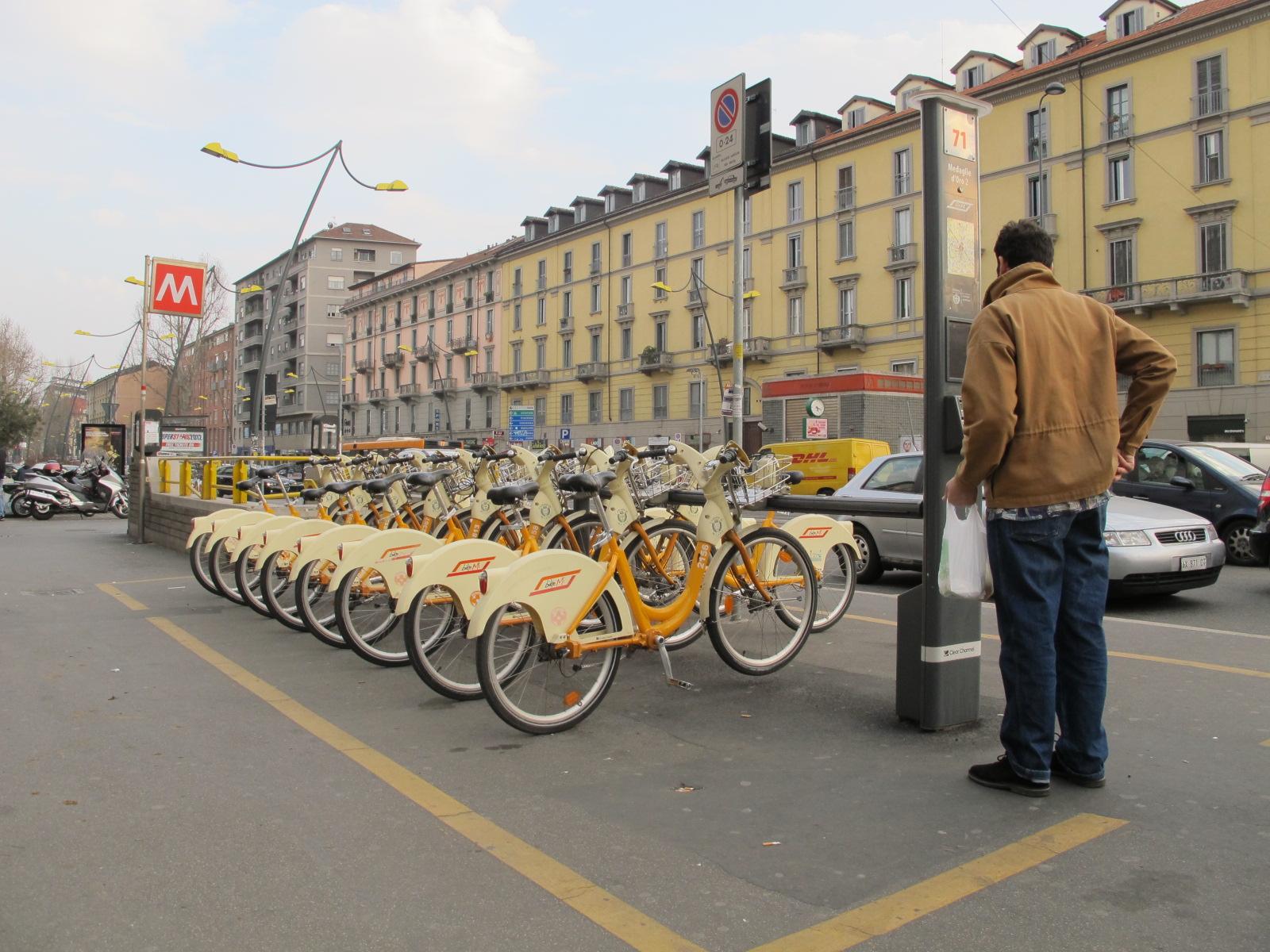 Tous à vélo (2), le service Bikemi!