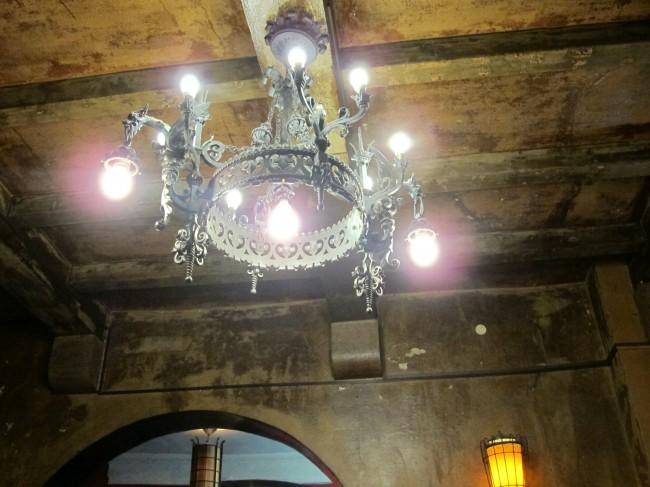 lustre médiéval taverne déco