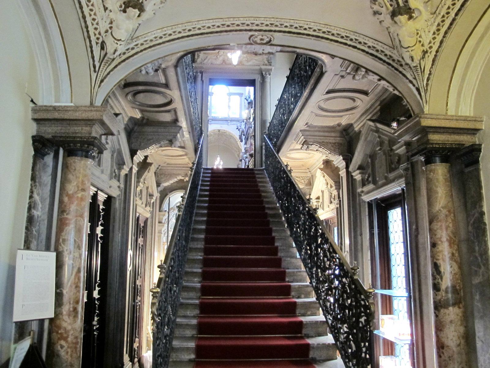 La maison Bagatti Valsecchi, faille spazio-temporelle à Milan…