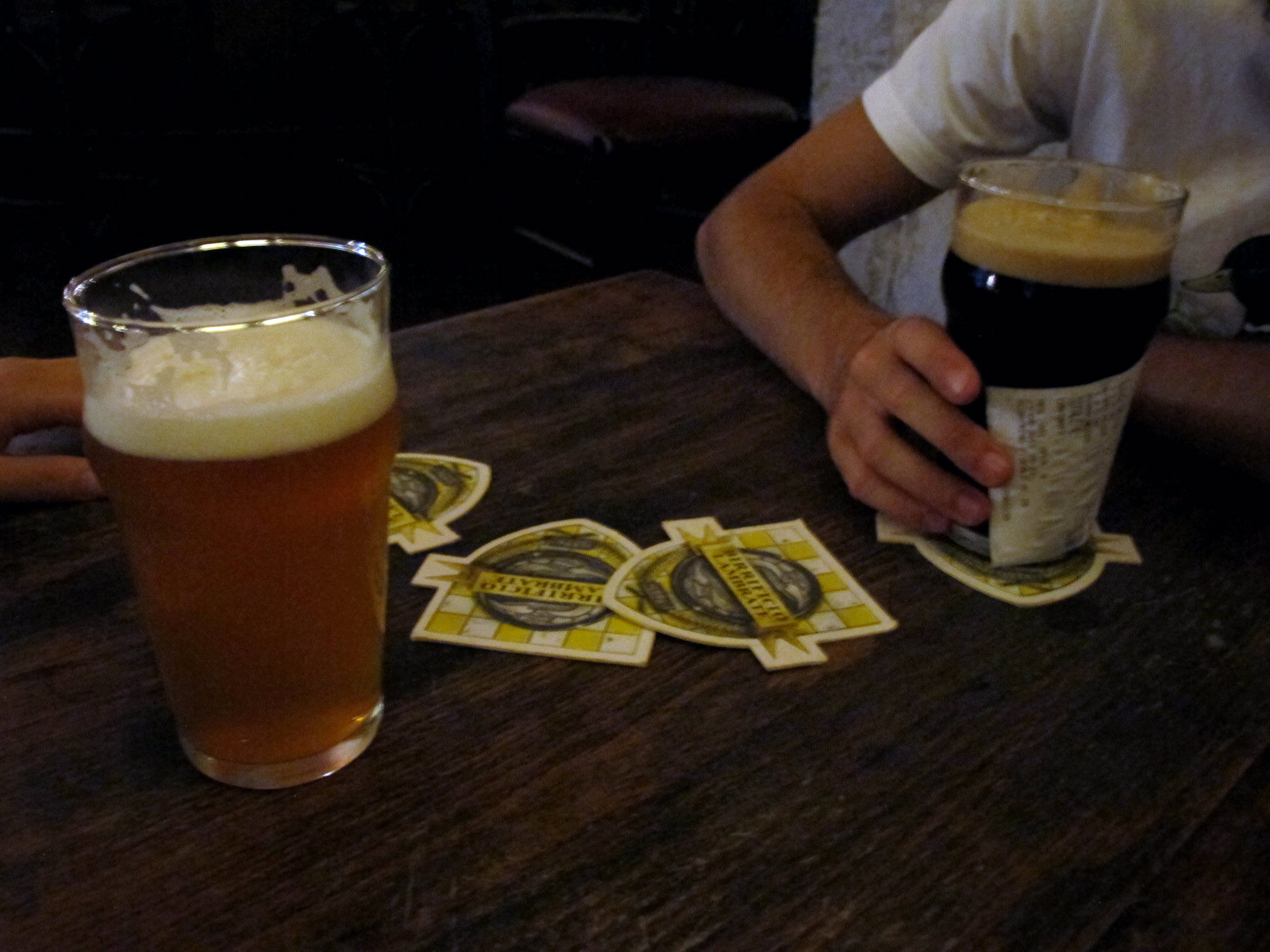 Hop hop hop, de la bière et des filles!