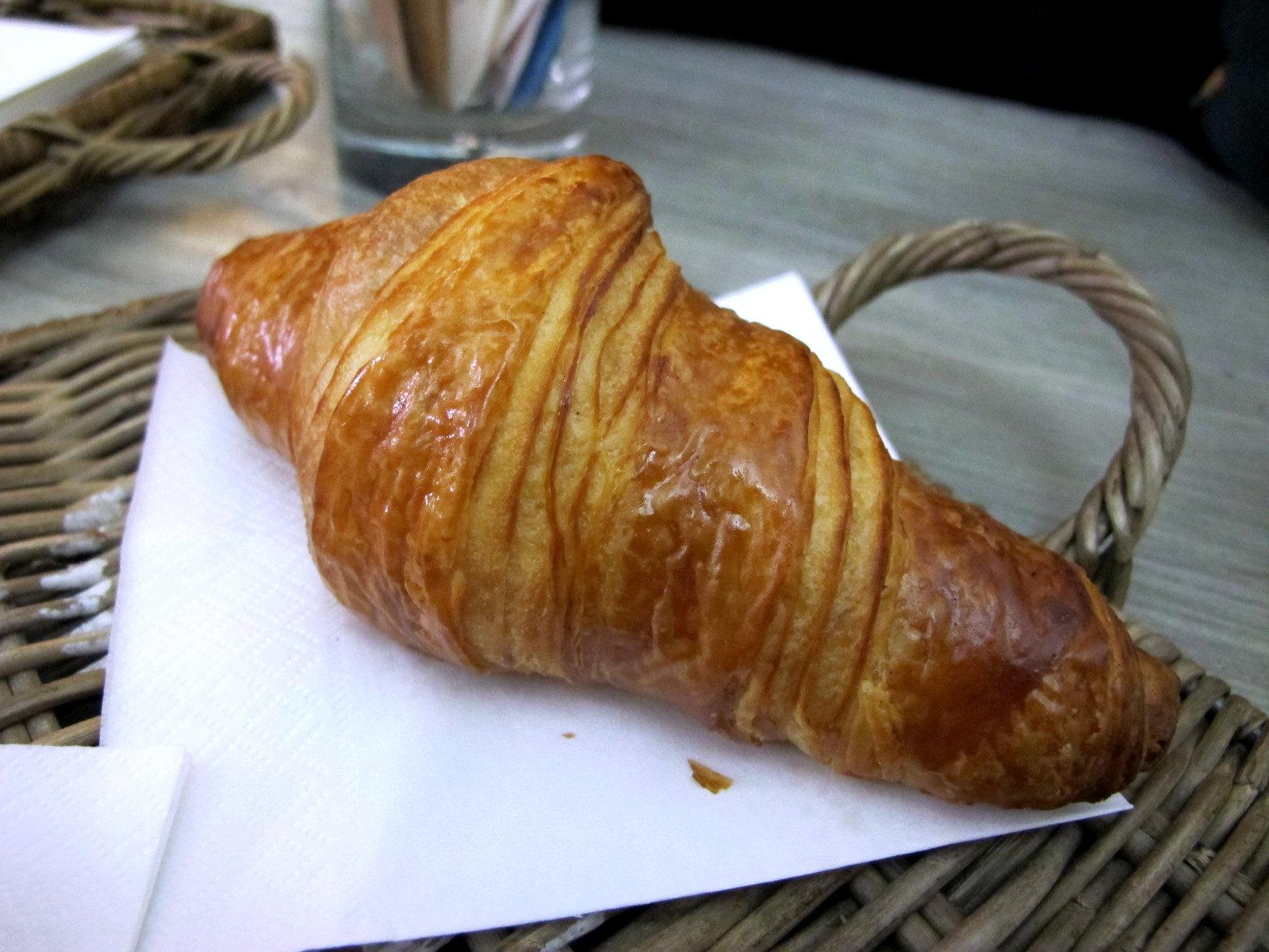 Dedans à Milan, de vrais croissants mais pas seulement…