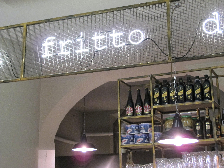 Fofo Mattozzi, pizza et trucs frits près des Navigli!