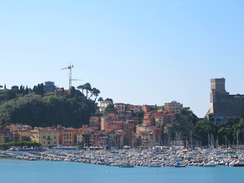 Lerici en Liguria, mer bleue et farinata!