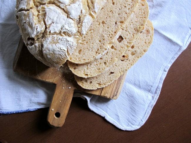 pain au levain aux noisettes