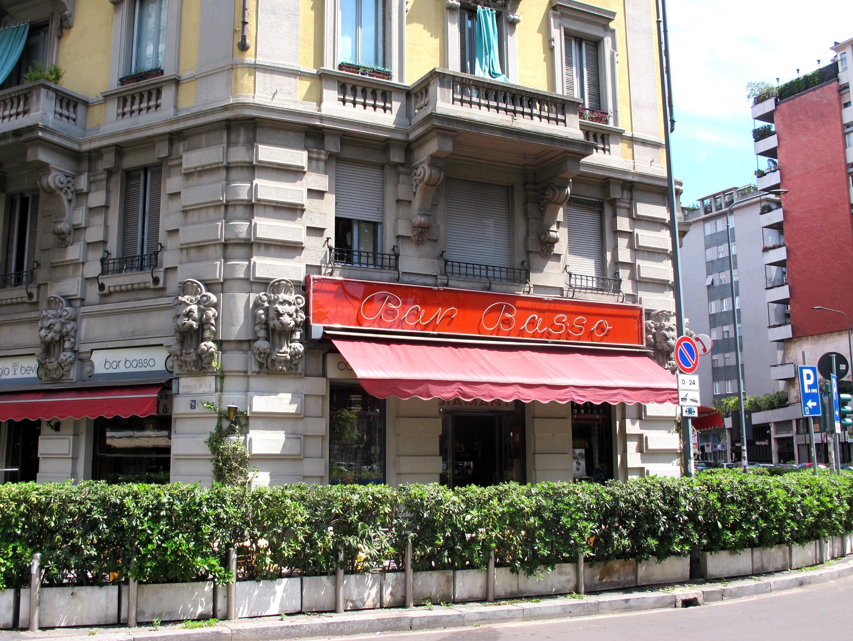bar basso cocktails Milan