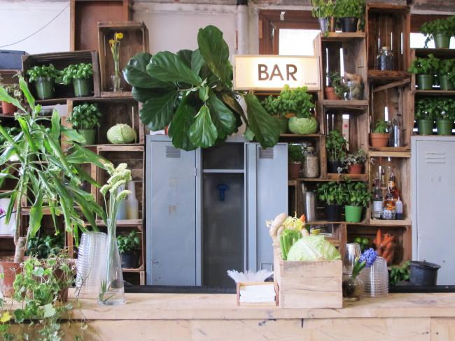 bar temporaire design week milan